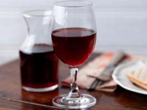 Красное игристое вино в домашних условиях